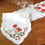 TABLE RUNNER,  POPPY MOTIF